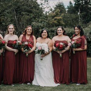 David's bridal burgundy brides maid dress size 16